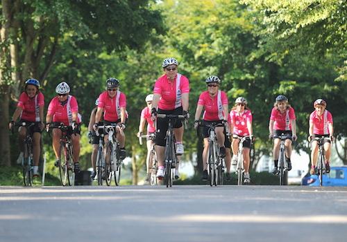 14LAJUL11 a -1 Chi Biking Belles